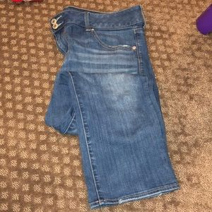 American Eagle Artist Crop Jeans - Size 16 Short